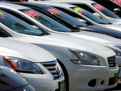 Coronavirus drives US March auto sales off a cliff